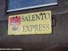 La tabella del treno turistico Salento Express. (26/03/2011; foto Francesco Comaianni / tuttoTreno)