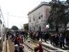 Folla in stazione a Tuglie per l'arrivo del Salento Express delle Ferrovie del Sud-Est. (26/03/2011; foto Francesco Comaianni / tuttoTreno)
