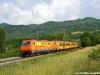 La E 484 901AW, classificata 484 901, alla testa del treno straordinario NCLS 56440 Livorno–Santhià effettuato per presentare il servizio estivo tra Piemonte e Toscana. (Rigoroso, 14/06/2011; foto Massimo Rinaldi / tuttoTreno)