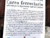 Il manifesto applicato al Carro della Memoria esposto in Piazza del Plebiscito a Napoli. (24/01/2012; foto Antonio Bertagnin / tuttoTreno)