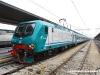 2012.05.21 Venezia: Presentazione restyling carrozze MD a Venezia SL, la E 464 636 con le 9 carrozze presentate alla stampa (Andrea Camatta / tuttoTreno)