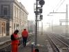 I lavori di attivazione del segnale di protezione di Bivio Rivana, lato Ferrara, sulle linee Ferrara–Rimini/Codigoro. (Ferrara, 10/02/2011; foto Marco Bruzzo / tuttoTreno)