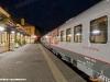 Le due carrozze russe al binario 1 della stazione di Merano. (14/04/2011; foto Marco Bruzzo / tuttoTreno)