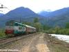 La E 656 058 con le due carrozze RZD durante il trasferimento da Bolzano a Merano. (Lana, 14/04/2011; E foto Ellis Barazzuol / tuttoTreno)
