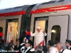 Papa Benedetto XVI scende dal Pendolino ETR 600 02 al suo arrivo ad Assisi. (27/10/2011; FS Italiane / tuttoTreno)