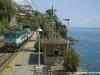 La E 656 556 alla testa del Regionale 2050 La Spezia Centrale–Savona. (Zoagli, 24/05/2011; foto Jacopo Raspanti / tuttoTreno)