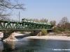 la EB 730 03 con un treno Milano-Navara sul ponte di Turbigo. (05/04/2008; foto Matteo Cerizza / tuttoTreno)