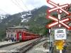 Il trenino rosso del Bernina in sosta alla stazione di Alp Grüm, tra Poschiavo e la stazione di valico di Ospizio Bernina. (26/06/2009; foto Franco Delcaro / tuttoTreno)