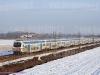 Il treno Vivalto n° 14 effettua il Regionale 2018 nei pressi di Novara. (14/01/2009; foto Massimo Rinaldi / tuttoTreno)