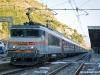 La BB 22332 delle SNCF, titolare del primo convoglio Mosca-Nizza sulla tratta da Ventimiglia a Nizza. (Ventimiglia, 25/09/2010; © Jacopo Raspanti / tuttoTreno)