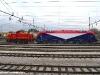 La E 190 301 della FUC viene manovrata dalla Ld 405 da Udine Parco al Deposito Locomotive FUC della città friulana. (25/01/2011; foto Enrico Ceron / tuttoTreno)