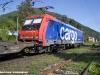 La E 484 001SR di SBB Cargo Italia alla testa di un merci Bellinzona-Gallarate in transito a Maccagno, nel tratto tra Luino e il confine italo-svizzero. (19/05/2010; foto Paolo Di Lorenzo / tuttoTreno)