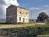 La ex fermata di Cava Belice, sulla Castelvetrano-Porto Empedocle, tra la stazione di Selinunte e il ponte sul fiume Belice alla pkm 15+685. (24/11/2006; © Mario Silvestri / tuttoTreno)