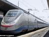 Anche i treni diagnostici di RFI sono instradati via Roma Termini nei trasferimenti tra nord e sud Italia: ecco l'ETR 500 Y1 in sosta nella stazione capitolina. (04/08/2011; foto Davide Porciello / tuttoTreno)