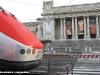La E 404 001 esposta tra la galleria Nazionale d'Arte Moderna e la Scalea Zevi in occasione dei 150 anni d'Unità d'Italia. (Roma, 01/04/2011; foto Giancarlo Modesti / tuttoTreno)