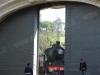 I portoni della stazione della Città del Vaticano si chiudono dopo l'arrivo della 685 089, giunta per effettuare il Caritas Express. (Roma, 21/05/2011; foto Michele Cerutti / tuttoTreno)