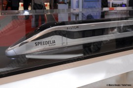 La maquette del treno offerto da Alstom nella gara per i treni AV di Trenitalia; la società francese lo ha messo a catalogo accanto al Pendolino, all'AGV e al TGV doppi piano. (Berlino, 21/09/2010; Marco Bruzzo / TuttoTreno)
