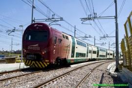 Il TAF 08 di TLN sul nuovo tratto di linea a doppio binario tra quadrivio/P.C. Turro e Milano Centrale. (2010-07-31;Walter Bonmartini / tuttoTreno)