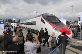 L'ETR 610 14 Cisalpino in uso alle SBB con la nuova livrea adottata dall'impresa ferroviaria svizzera. (Berlino, 21/09/2010; Marco Bruzzo / TuttoTreno)