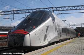 L'AGV 001 di Alstom durante le corse prova di certificazione. (Roma Tiburtina, 24/02/2010; foto Davide Porciello / tuttoTreno)