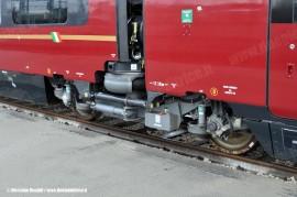 Uno dei carrelli del primo ETR 575 di serie. (Bologna Ravone, 24/12/2010; foto Stefano Patelli/ tuttoTreno)