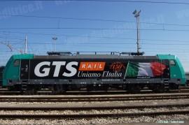 La E 483 001 di GTS Rail in livrea 150 Unità d'Italia. (11/03/2011; © GTS Rail/ tuttoTreno)