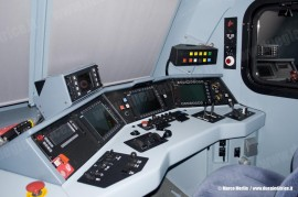 Il banco della E 189 102 di MRCE-Dispolok in uso a RTC. (Verona Quadrante Europa, 01/03/2011; Marco Merlin / tuttoTreno)