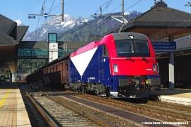 La E 190 302 delle Ferrovie Udine-Cividale. (Tarvisio, 21/04/2011; foto Enrico Ceron / tuttoTreno)