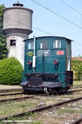 La sogliola 208 003 della Ferrovia del Basso Sebino a Palazzolo sull'Oglio. (07/05/2011; foto Carlo Bonari / tuttoTreno)