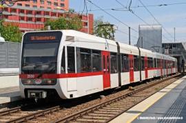 La linea U6 Floridsdorf - Siebenhirten di Vienna, realizzata in parte dalla riconversione della Stadtbahn che attraversava la città. L'argomento dello sviluppo delle LRT (Light Rail Transit) sarà uno dei temi trattati da MoTe2011. (foto MobilityTech / tuttoTreno)