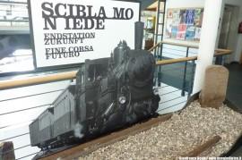 """La Mostra sulla ferrovia della Val Gardena """"Fine Corsa Futuro"""" al Museum Ladin. (San Martin de Tor, 12/09/2011; foto Gianfranco Berto / tuttoTreno)"""
